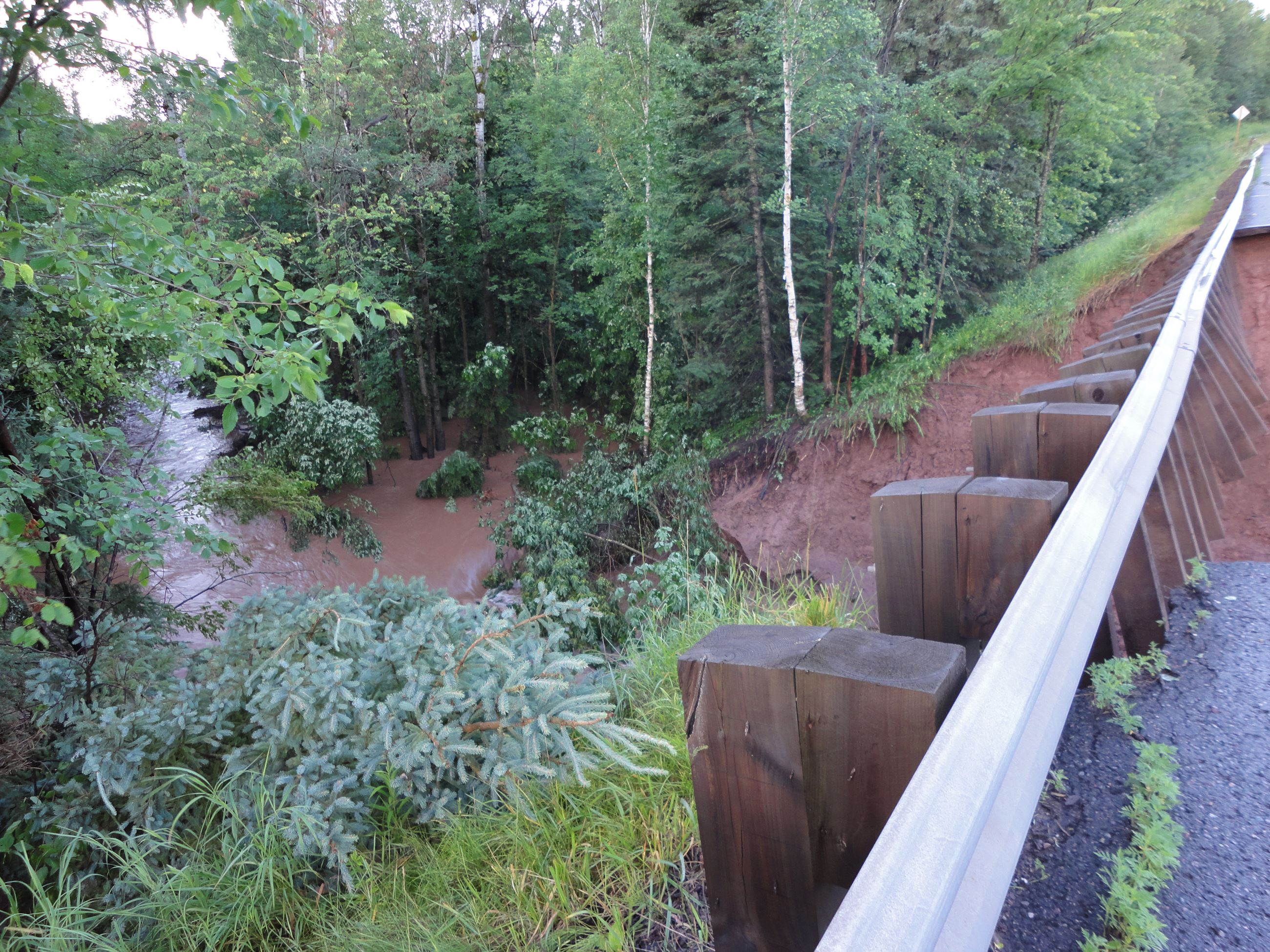 The 18 Mile Creek highway cut is at least 30' deep.